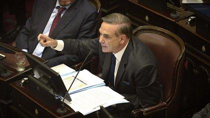 Pichetto en el Senado (Gustavo Gavotti)