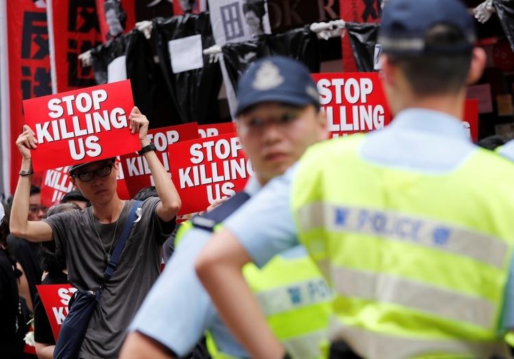 Hong Kong. REUTERS/Tyrone Siu