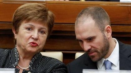 La directora gerente del FMI, Kristalina Georgieva, y el ministro de Economía de Argentina, Martin Guzmán.