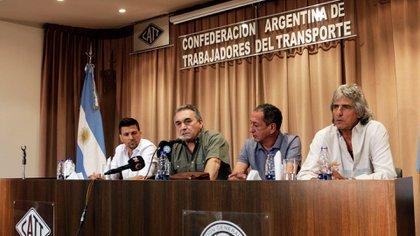 La poderosa Confederación de Trabajadores del Transporte (CATT) también tiene sus mandatos prorrogados: Juan Pablo Brey, Juan Carlos Schmid, Omar Maturano y Omar Pérez
