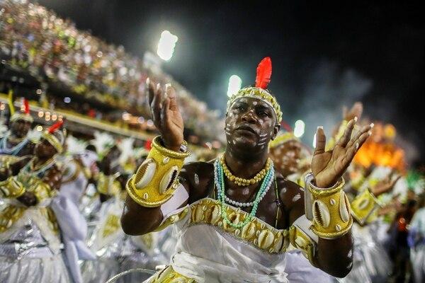 Desfile de la escuela de samba Grande Rio (REUTERS/Pilar Olivares)