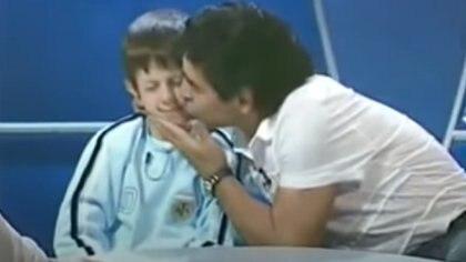 """""""A mí él no me lastimó, los que me lastimaron fueron ustedes"""", les dice a los haters. Durante años renegó del encuentro con Maradona a raíz del bullying que sufrió"""