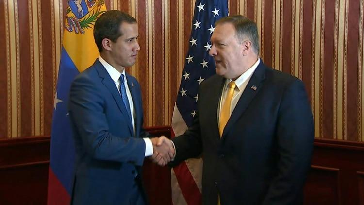 El jefe de la diplomacia estadounidense, Mike Pompeo, anticipó el lunes que habrá más apoyo al opositor venezolano Juan Guaidó
