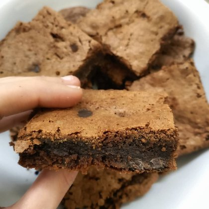 Brownie con maicena, por Carolina Varona Sosa