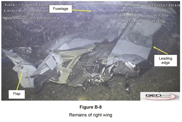 Restos de la derecha del avión