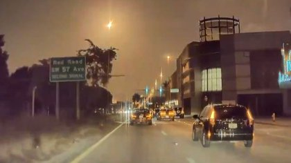 El momento exacto en que un meteorito iluminó la noche en el sur de Florida