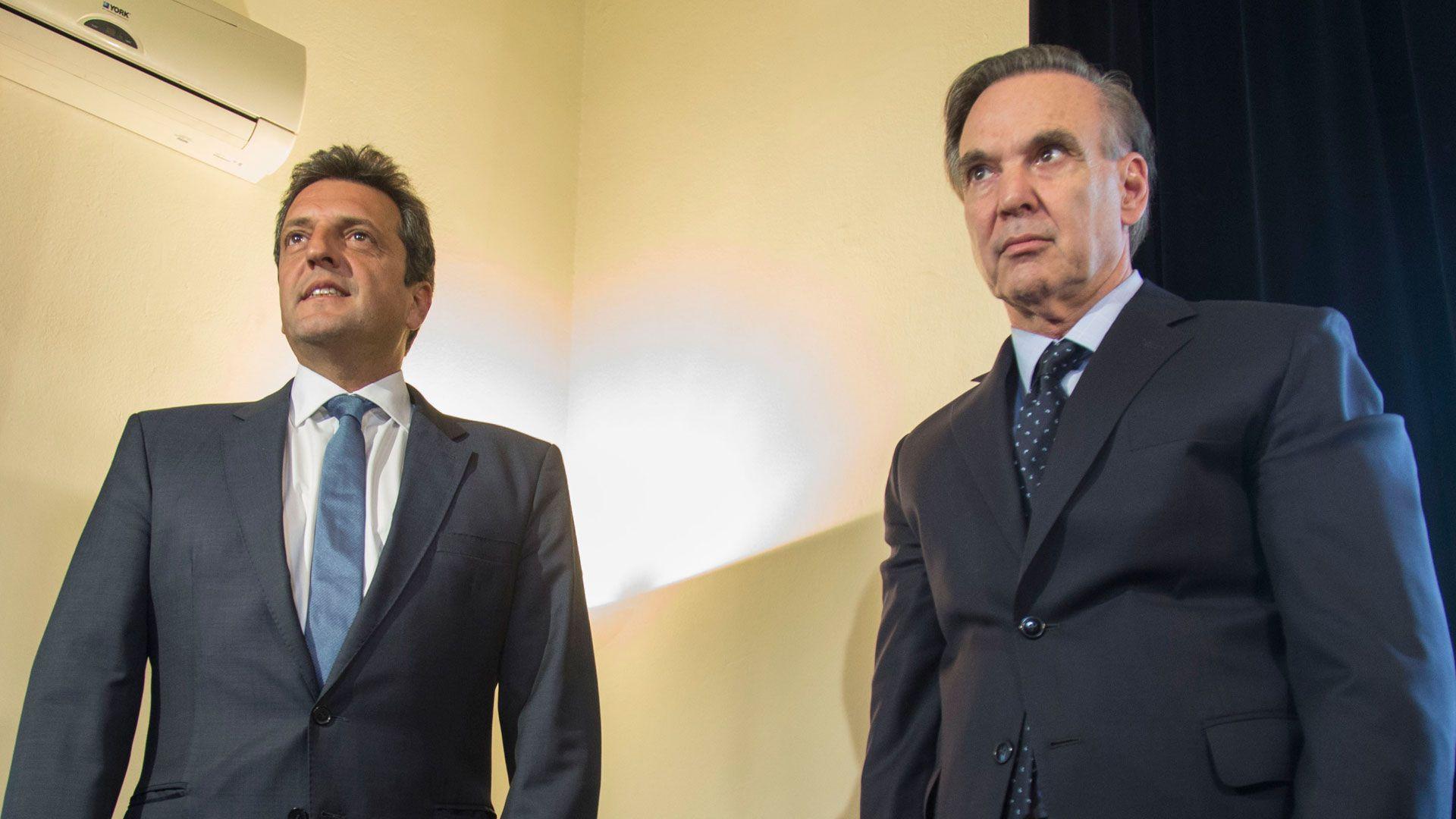 Sergio Massa y Miguel Ángel Pichetto, tienen una relación política desde hace más de veinte años