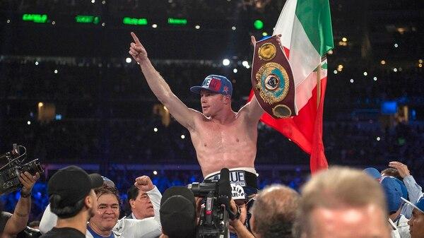 """El mexicano """"Canelo"""" Álvarez, de 27 años, busca quitarle el título a su rival (Reuters)"""