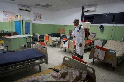 La oposición denunció que los hospitales están colapsados (EFE)