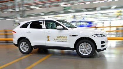Es la primera SUV de la firma británica y el modelo de incremento de ventas más rápido en la historia de la automotriz