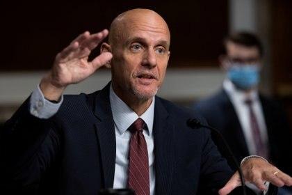 El comisionado de la FDA, Stephen Hahn (Reuters)