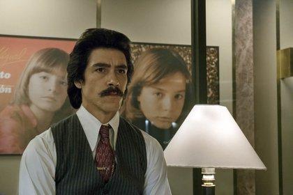 """Óscar Jaenada interpreta a Luis Rey en """"Luis Miguel, la serie"""""""