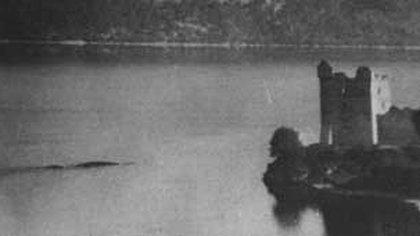 Una de las imágenes antiguas de avistamientos de Nessie