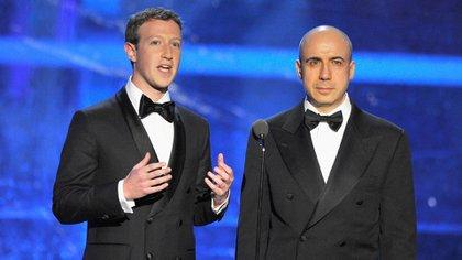 Mark Zuckerberg y Yuri Milner (Getty)