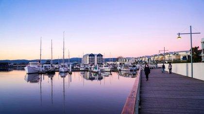 Launceston Seaport Boardwalk, Launceston Tasmania (Tourism Australia)