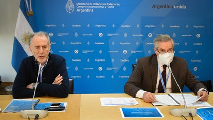 Jorge Neme y Felipe Solá, autoridades de la Cancillería (Prensa Cancillería)
