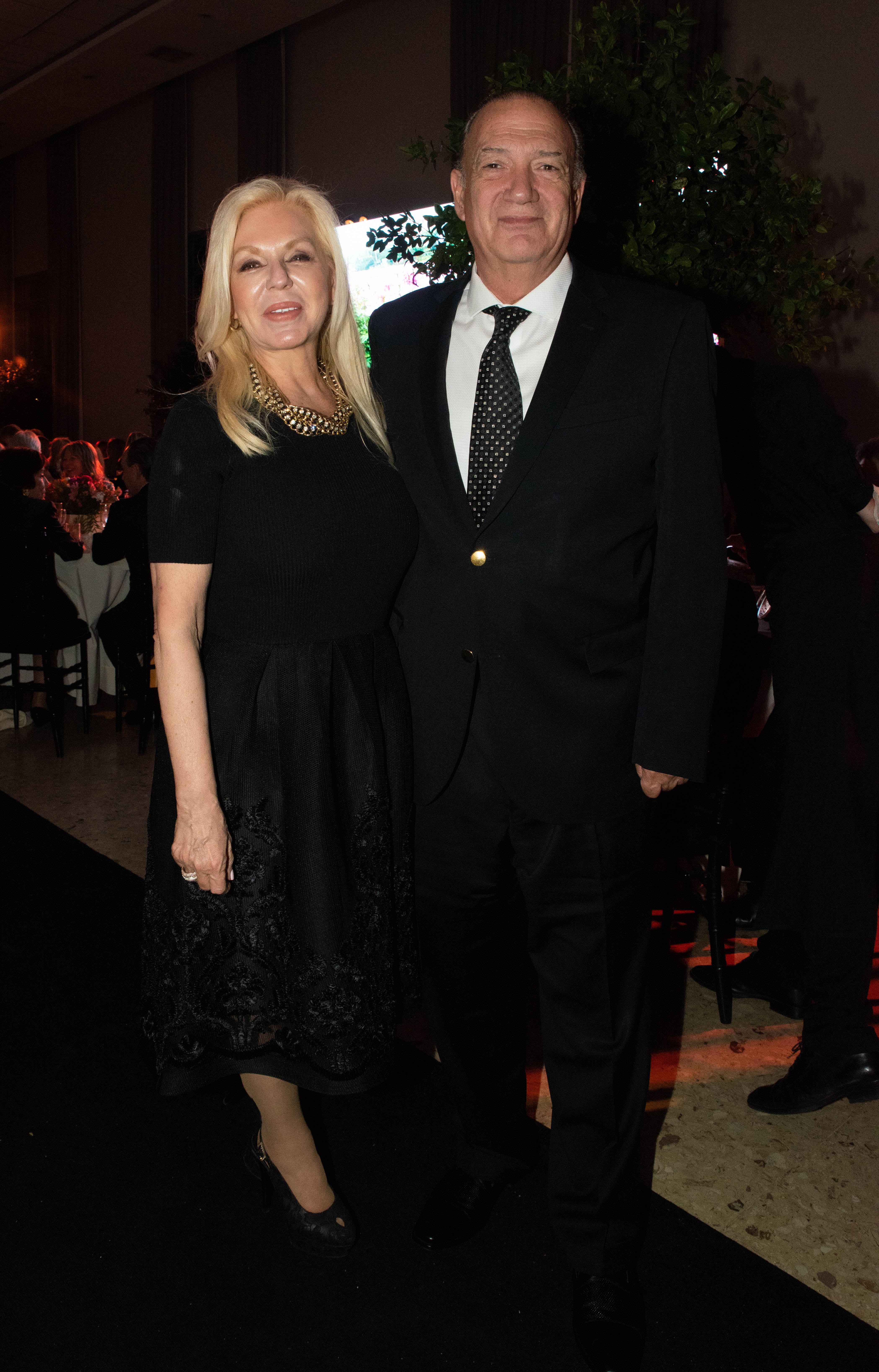 Diana Chugri, presidente de la Fundación Argentina Por Más; y su marido Eduardo Fernández Rostello, director del Hospital Bernardino Rivadavia