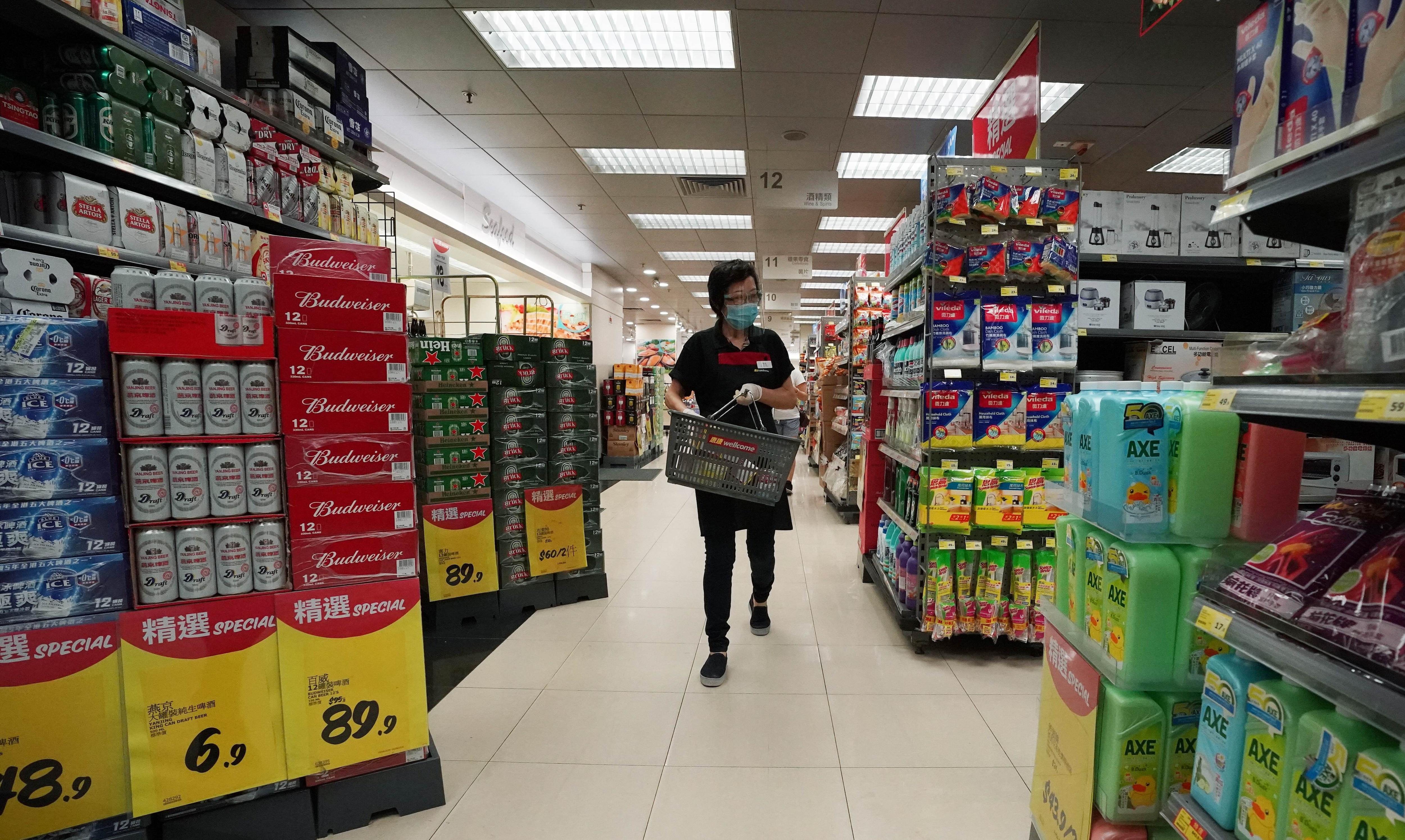 21/09/2020 Uan trabajadora de un supermercado de Hong Kong, China. POLITICA JAPÓN ASIA ASIA HONG KONG CHINA ASIA INTERNACIONAL FELIX WONG / ZUMA PRESS / CONTACTOPHOTO