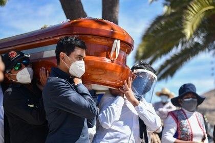 Se trata de una ayuda para gastos funerarios. (Foto: AFP)