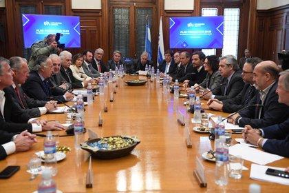 Alberto Fernández se reunió con el comité ejecutivo de la UIA el miércoles y les adelantó que serían convocados para hacer su aporte al plan contra el hambre