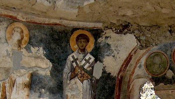 San Nicolás estaría enterrado en los restos de ese templo enterrado