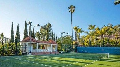 La nueva casa que compró el 23 de los Lakers tiene cancha de tenis (Gentileza expansión)