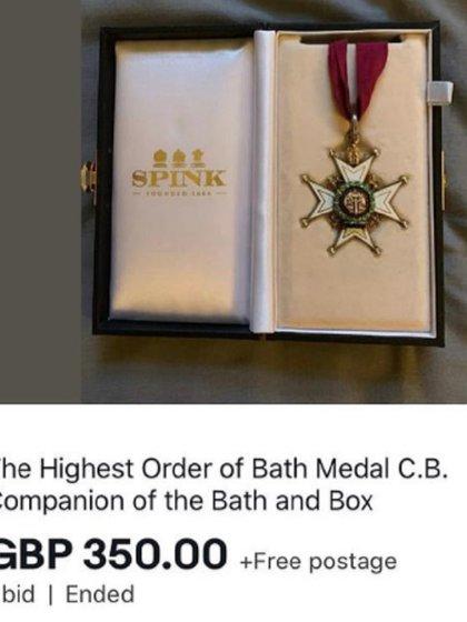 La persona que sustrajo la medalla intentó venderla en la web de Ebay (Foto: Especial)