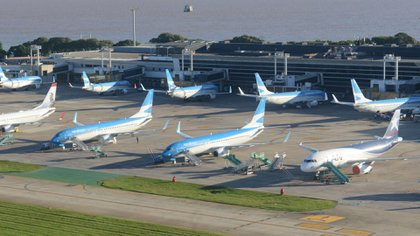 La reapertura está prevista para los vuelos de cabotaje (AFP)