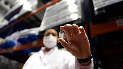 La aprobación de la OMS llegó luego de que se informara que esta vacuna da una protección del 65% en personas menores de 60 años
