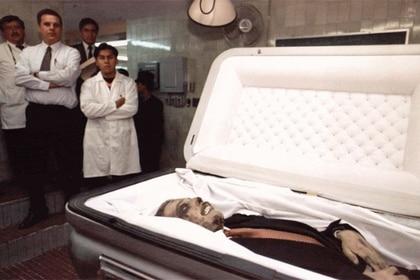 Los restos exhibidos por la Procuraduría General de la República (Foto: Archivo)