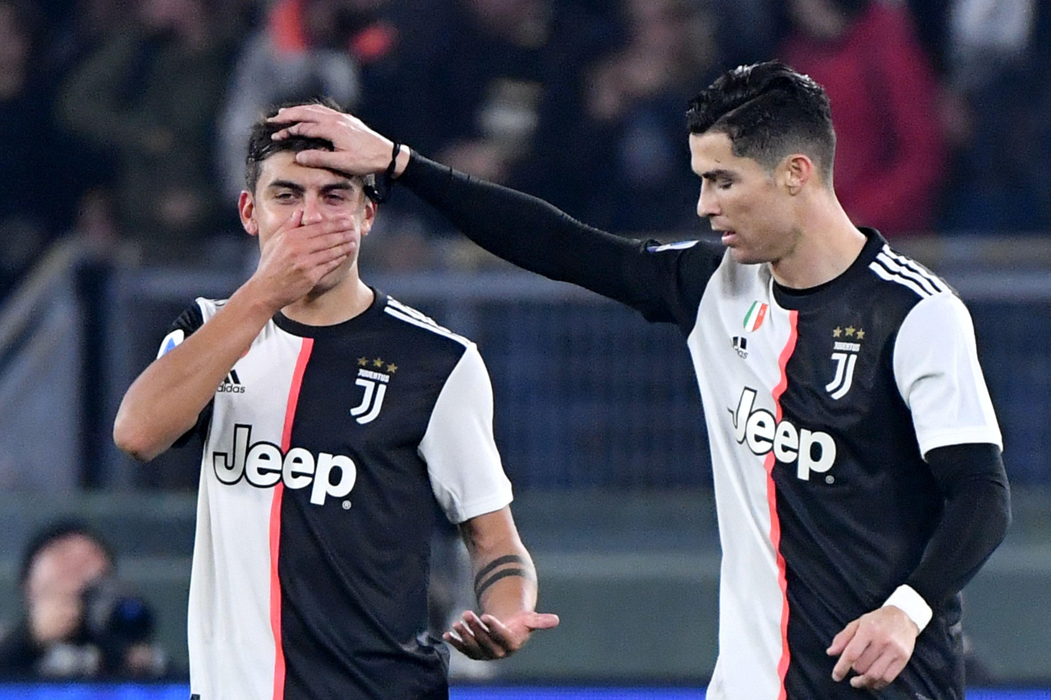 Cristiano Ronaldo armó una fructífera sociedad con Paulo Dybala (AFP)