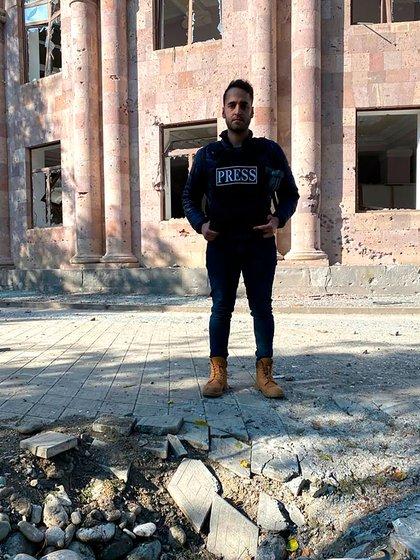En octubre Garo regresó a Armenia donde, meses antes de que comenzara la guerra, había vivido momentos de completa felicidad durante el voluntariado.
