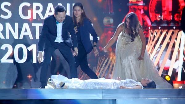 Clara Sosa se desmayó en pleno escenario (AP)