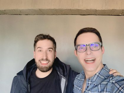 El podcaster Alex Fernández entrevistó al conductor, quien hizo un repaso por su trayectoria (Foto: Instagram @horacitu_oficial)