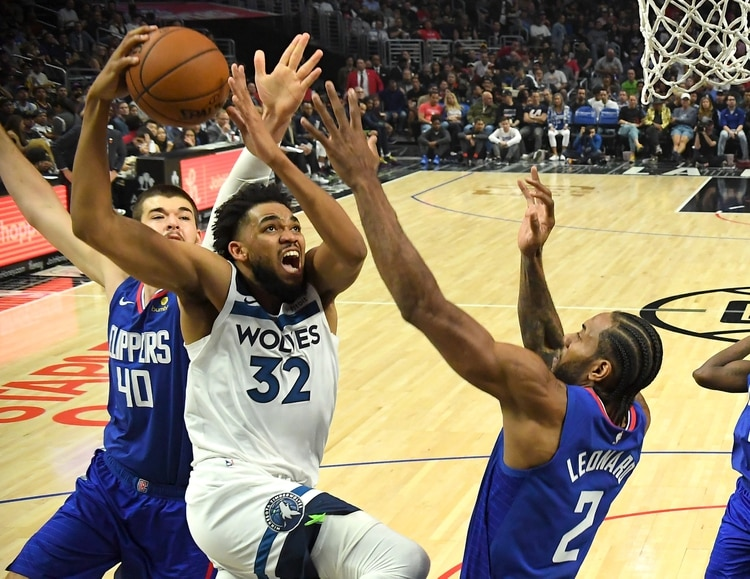 Karl-Anthony Towns en acción ante Los Angeles Clippers (Credit: Jayne Kamin-Oncea-USA TODAY Sports)