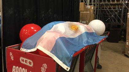 La bandera nacional presente en el evento