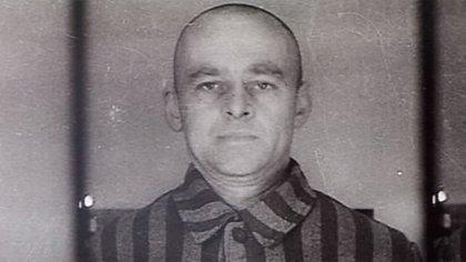 El 19 de septiembre de 1940 fue ingresado al campo de concentración. Utilizó un nombre falso, Thomas Serafinski (Captura video de AFP)