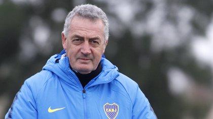 Gustavo Alfaro duda en disponer como titulares a Nandez y Benedetto debido a sus inminentes transferencias al fútbol europeo (Fotobaires)