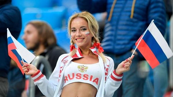 Natalya Nemchinov alentó a Rusia frente a Uruguay (AFP)