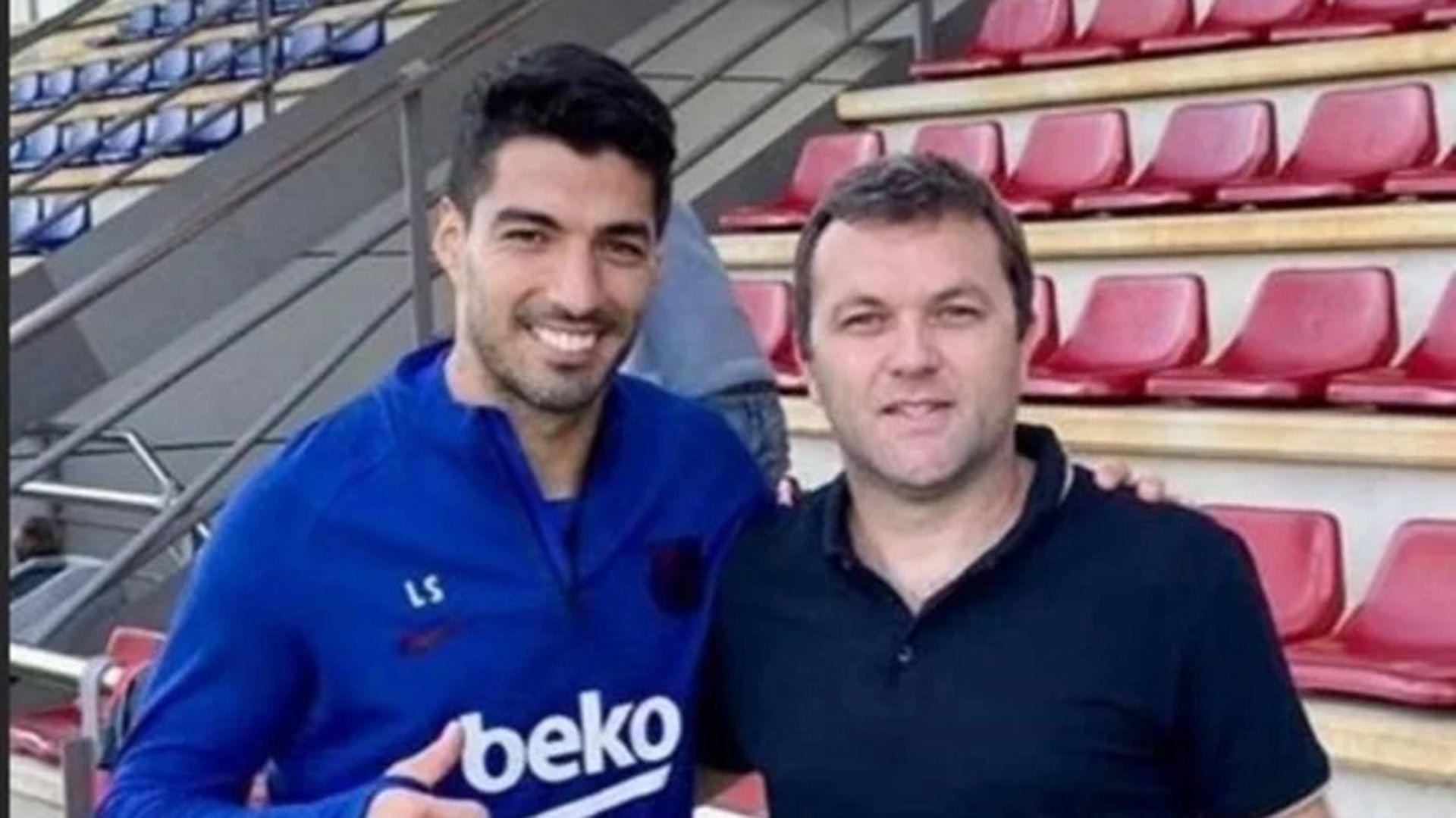 Luis Suarez con Bernardo Romeo