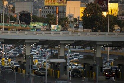 La frontera México-EEUU esla más transitada del mundo (Foto: REUTERS/Mike Blake)