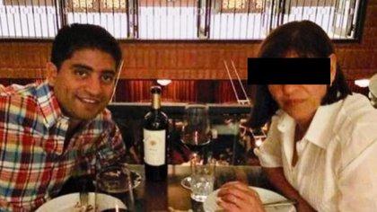 Zuliani en una cena con un familiar, años atrás.