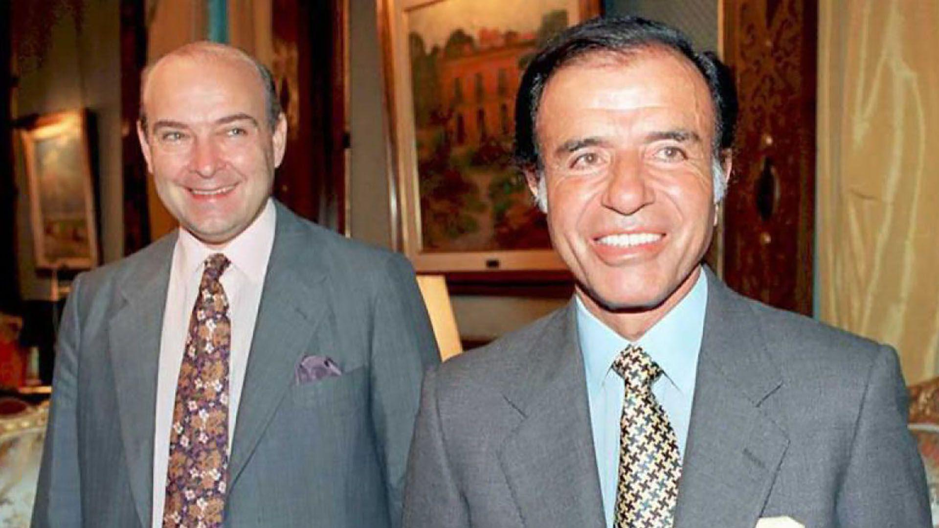 Domingo Cavallo y Carlos Menem, en la última experiencia exitosa de estabilización de la moneda en la Argentina