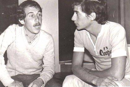 Senna con García Lobelos, periodista de Corsa, a fines de los 70. (Archivo Marcelo García Lobelos)