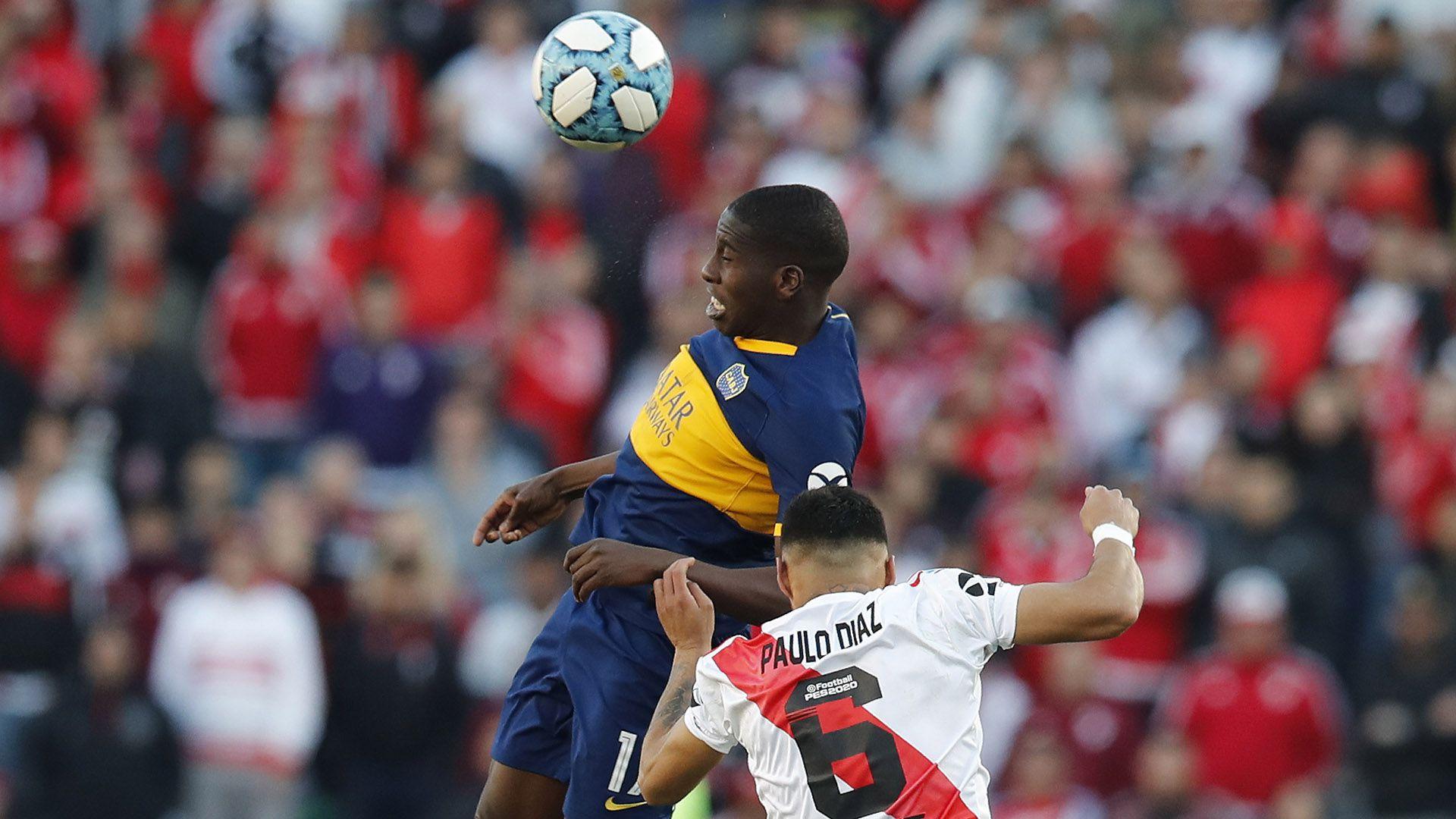 Aunque el venozolano Jan Hurtado logró meter un gol ante River, no logró meterse ni en la hinchada ni en las estadísticas del nueve goleador