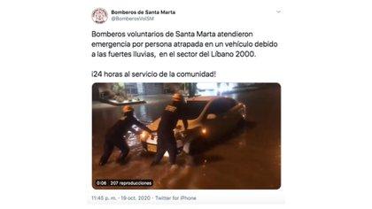 Comunicación de los Bomberos de Santa Marta mientras socorrieron a los ciudadanos en medio de la emergencia.