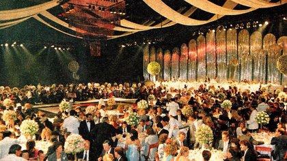 El Luna Park albergó esa noche a 1.200 invitados a la boda de Maradona