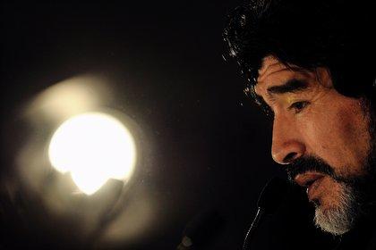 El recuerdo de Diego Maradona, quien pasó a ser una leyenda (EFE/Vassil Donev/Archivo)