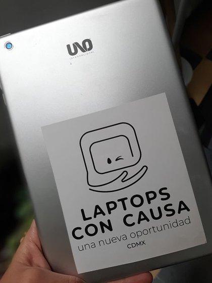 La iniciativa Laptops con Causa ha logrado entregar más de 300 equipos  (Foto: Facebook @laptopsconcausacdmx)