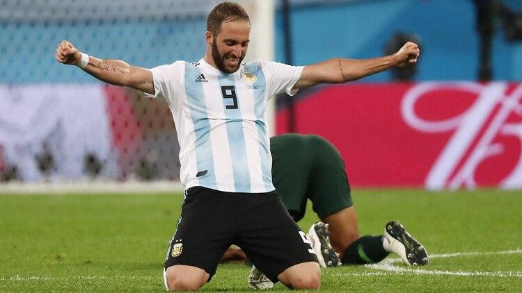 4b3e66c61c899 Gonzalo Higuaín rompió el silencio tras varios meses sin dar entrevistas  (Foto  Reuters)